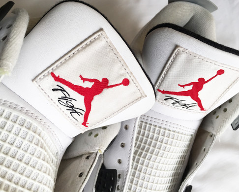 nike-air-jordan-4-white-cement-2016-2