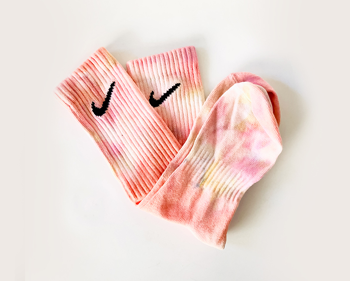 DIY-thabo-thabiso-tie-dye-socks-washed4